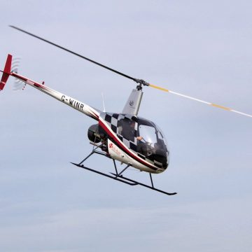 Helicopter Lessons with Heli Air - Helicopter Pilot Training, Robinson R22