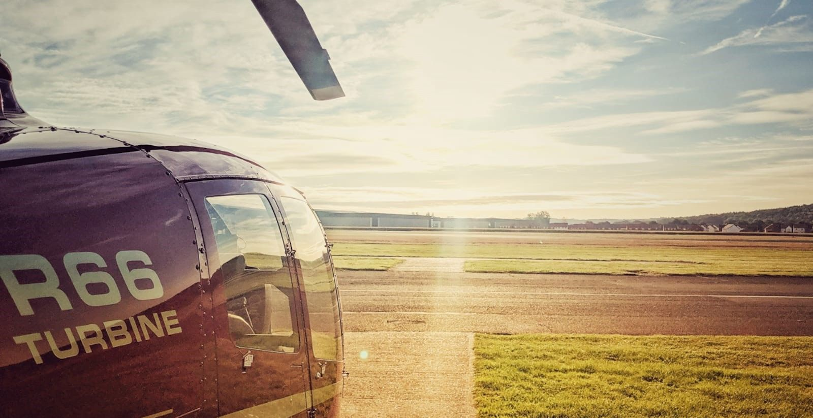 Learn to Fly a Helicopter with Heli Air - Become A Pilot 2