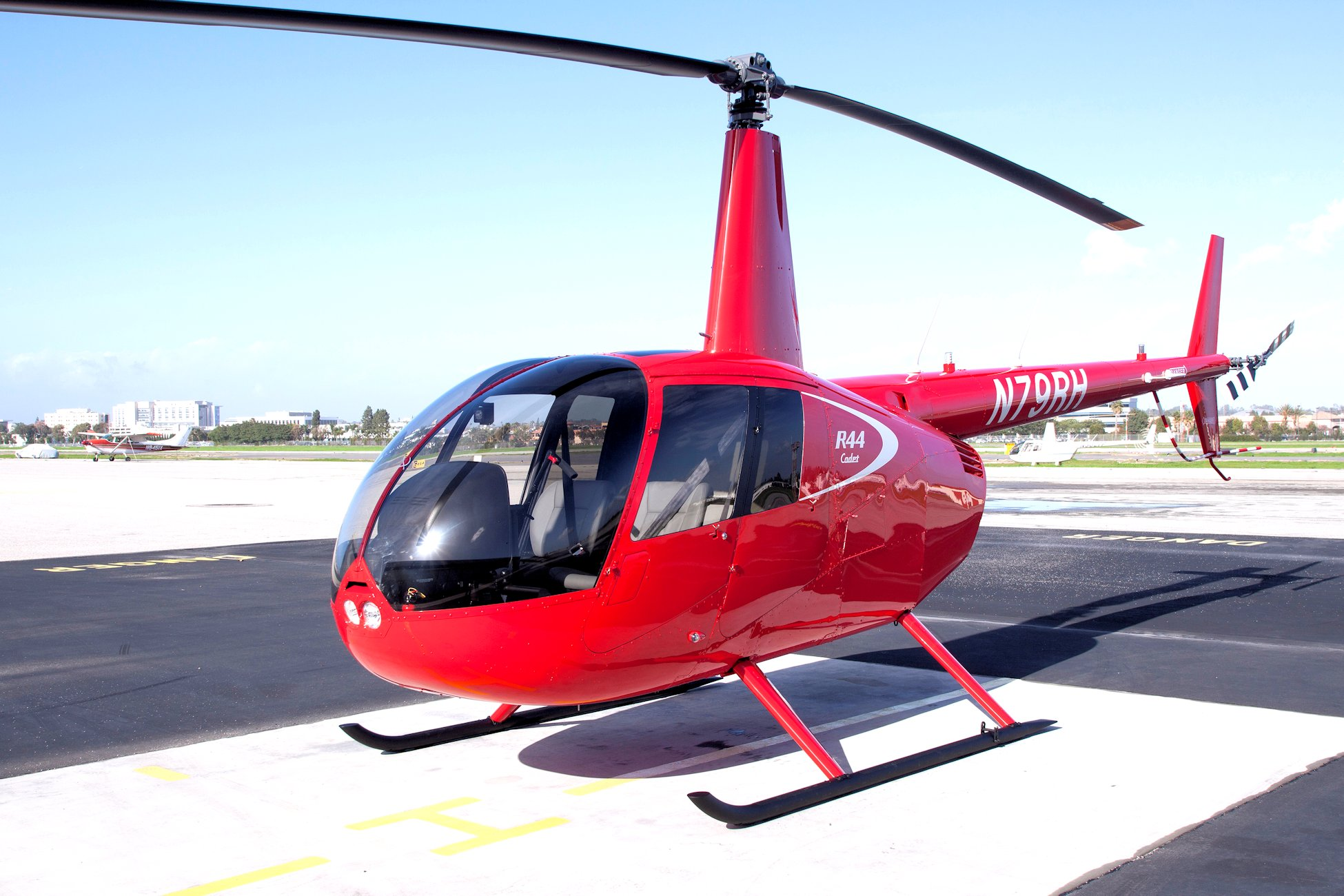 Robinson R44 Cadet 2 Seat Helicopter with Large Luggage Space and Low Operating Cost 1950x